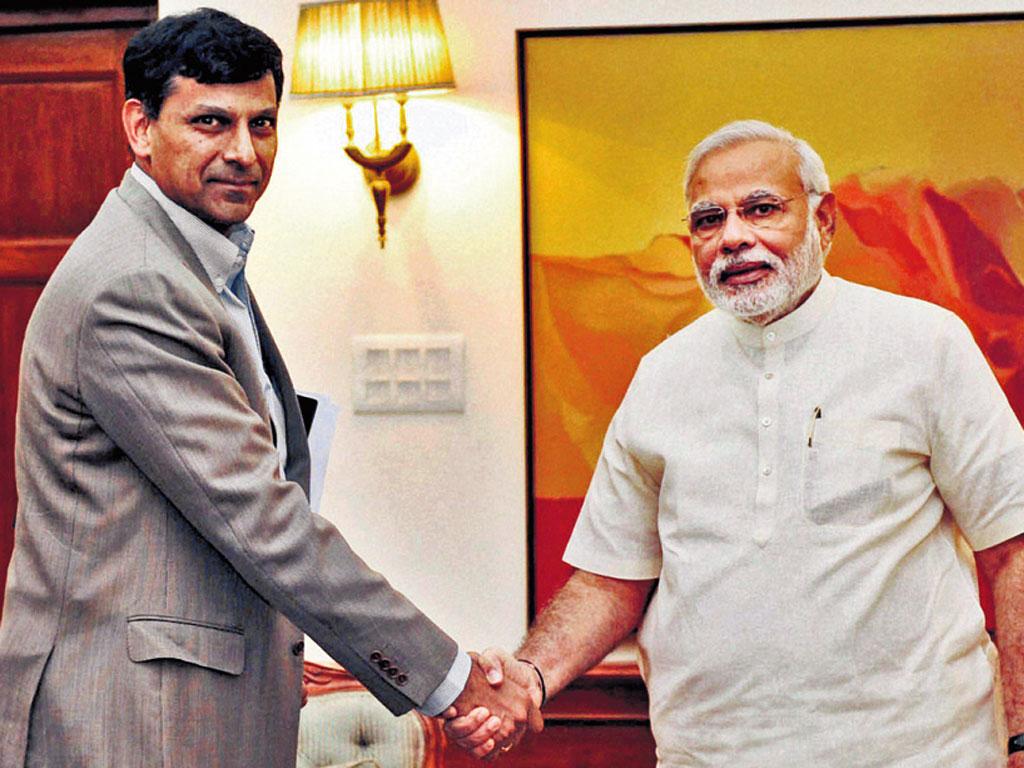 Raghuram Rajan Versus RSS! For India's sake, may the former win!
